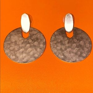 Kendra Scott rose gold disc earrings - like new